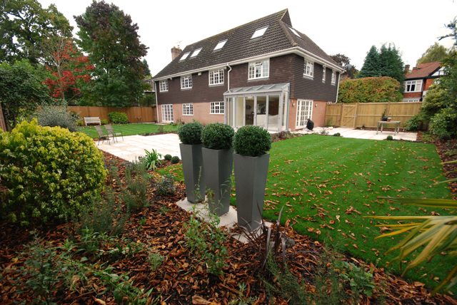 Finished garden in Weybridge Lisa Cox Designs