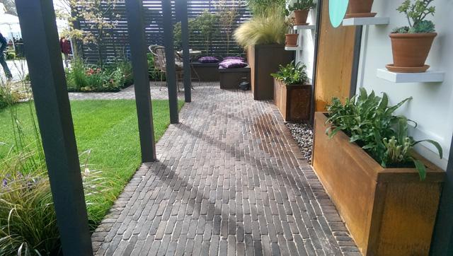 RHS Cardiff 2016 Alfresco Gallery Garden