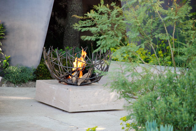 Fire pit in The Telegraph Garden RHS Chelsea 2016 Lisa Cox