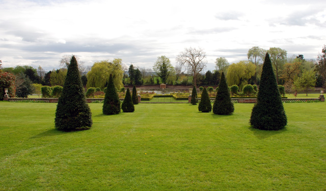 Highnam Court garden Lisa Cox Designs