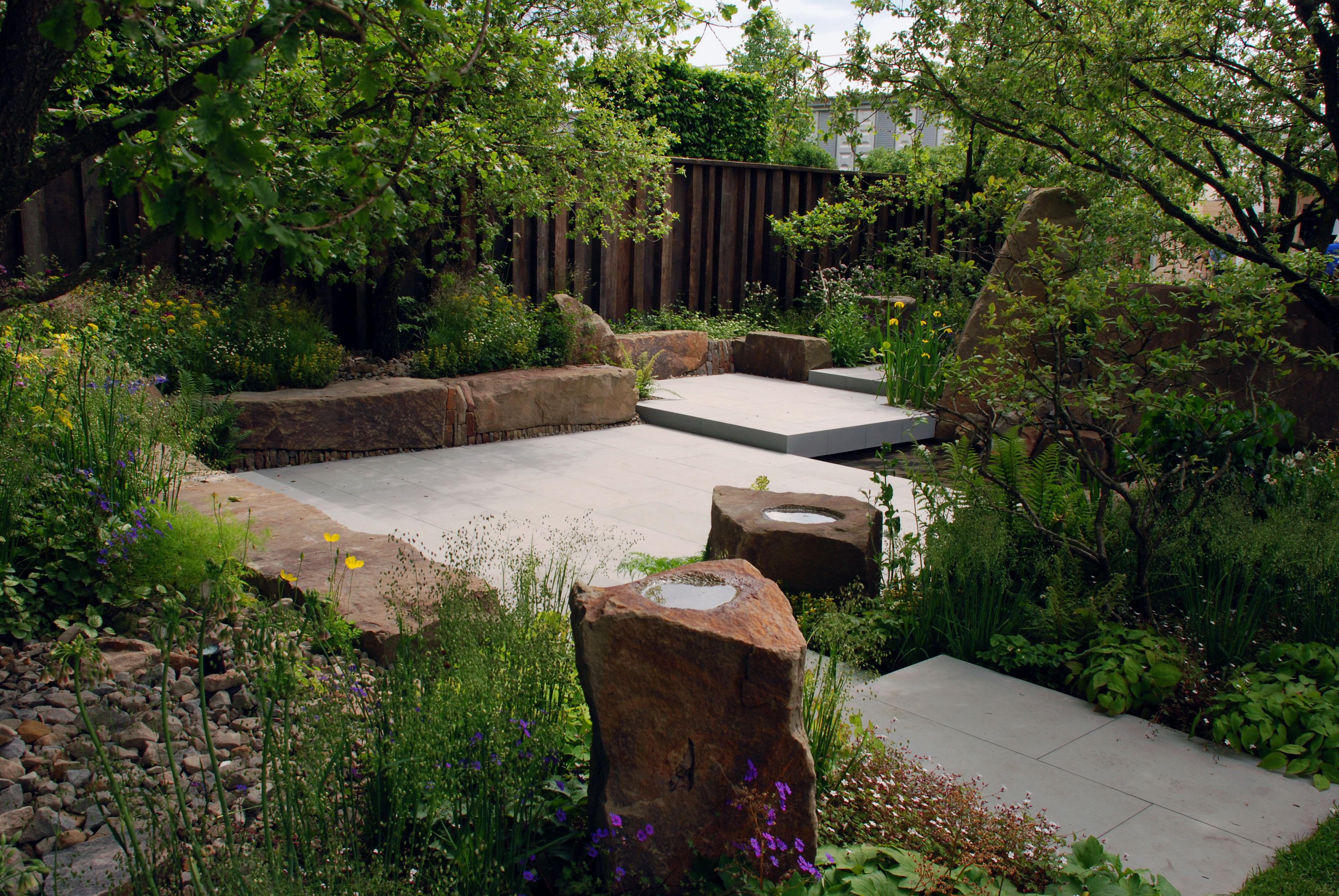 M&G Garden Pennant Stone RHS Chelsea 2016 Lisa Cox
